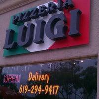 Foto scattata a Pizzeria Luigi da Gerry C. il 10/5/2011