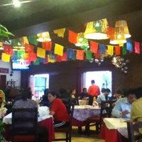Das Foto wurde bei Los Chilaquiles von KarlixX am 7/4/2012 aufgenommen