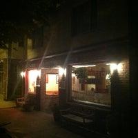 9/5/2011 tarihinde __lyron__ziyaretçi tarafından Astro's Pizza and Felice's Ristorante'de çekilen fotoğraf