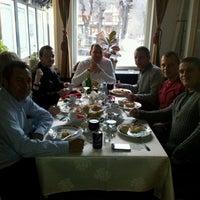 รูปภาพถ่ายที่ Hotel Bucegi โดย Dan A. N. เมื่อ 12/1/2011