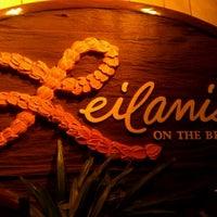 รูปภาพถ่ายที่ Leilani's โดย Chris M. เมื่อ 1/29/2012