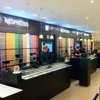 Снимок сделан в Nespresso Boutique пользователем Onno K. 4/14/2011