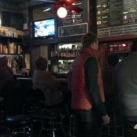 Foto scattata a Quenchers Saloon da Amy P. il 10/17/2011