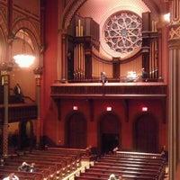 รูปภาพถ่ายที่ Central Synagogue โดย Valerie T. เมื่อ 10/23/2011