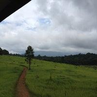 6/8/2012 tarihinde Namwaan P.ziyaretçi tarafından หอดูสัตว์หนองผักชี'de çekilen fotoğraf