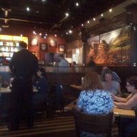 Foto scattata a BJ's Restaurant & Brewhouse da mariann f. il 9/26/2011