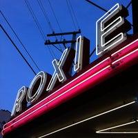 11/28/2011にhizKNITS S.がRoxie Cinemaで撮った写真