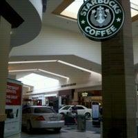 Foto tirada no(a) Tacoma Mall por Tom L. em 6/29/2012