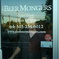 Das Foto wurde bei The BeerMongers von Stefanie K. am 8/26/2011 aufgenommen