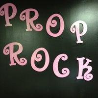 11/3/2011에 Jade G.님이 Prop Rock  Concepts & Productions에서 찍은 사진