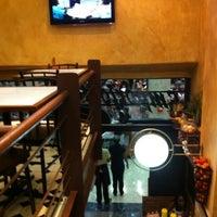Foto tirada no(a) Empório de Comidas por Juliana E. em 4/21/2012