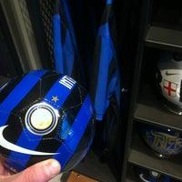 Das Foto wurde bei FootballStore.ru von Diego G. am 4/11/2012 aufgenommen