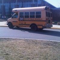 3/19/2012 tarihinde Damien C.ziyaretçi tarafından Catherine Kolnaski Magnet School'de çekilen fotoğraf