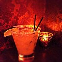 Das Foto wurde bei Lucey's Lounge von Jessica B. am 4/25/2012 aufgenommen