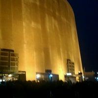 รูปภาพถ่ายที่ Frank Erwin Center (ERC) โดย Matthew S. เมื่อ 3/11/2012