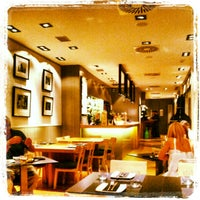 Foto tomada en The Room Service por Jordi S. el 8/3/2012