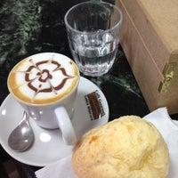 8/27/2012에 Jefferson M.님이 Caffè Giramondo에서 찍은 사진