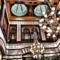 Foto scattata a Pera Palace Hotel Jumeirah da erdem p. il 8/31/2012