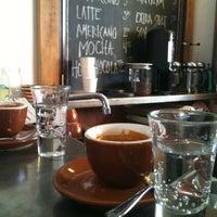 8/26/2012에 Yurie G.님이 Grand Coffee에서 찍은 사진