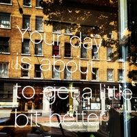 6/24/2012 tarihinde Sairahziyaretçi tarafından Milano Coffee'de çekilen fotoğraf