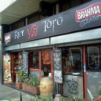 Foto diambil di Rey Toro Restobar oleh Marcos J. pada 7/11/2012