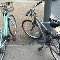 4/21/2012 tarihinde Tim R.ziyaretçi tarafından Bluestone Lane'de çekilen fotoğraf