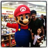 Foto diambil di Saraiva MegaStore oleh Rafael A. pada 12/4/2011