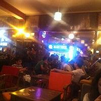 Das Foto wurde bei Hangover von ismail t. am 6/24/2012 aufgenommen