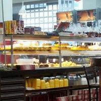 Foto scattata a Recanto Doce Casa de Pães da Edson K. il 11/6/2011