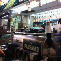Foto scattata a Café Passmar da INSIDER DF il 1/14/2012