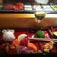 Foto scattata a JP Seafood Cafe da Scot Y. il 11/1/2011