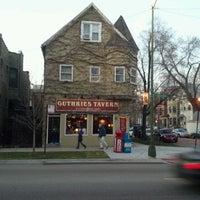 Foto diambil di Guthrie's Tavern oleh Guy S. pada 3/13/2012