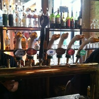 Photo prise au Goose Island Brewpub par Mindy D. le8/31/2012