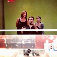 Das Foto wurde bei Martial Vivot Salon Pour Hommes von Dominic M. am 8/31/2012 aufgenommen