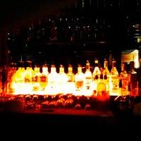 Снимок сделан в Lancers Cocktail Lounge пользователем Chris R. 4/17/2012