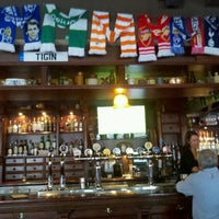 Foto tirada no(a) Tigin Irish Pub por Wesa Path Walker em 4/23/2012