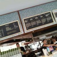 9/28/2011 tarihinde Yi R.ziyaretçi tarafından Taste Baguette'de çekilen fotoğraf