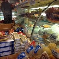4/11/2012 tarihinde Jennifer F.ziyaretçi tarafından Monica's Mercato'de çekilen fotoğraf