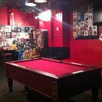 Foto tirada no(a) 12 Bar Club por Jim M. em 12/28/2010