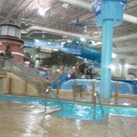 Das Foto wurde bei Water Park Of America von Angie am 1/3/2012 aufgenommen