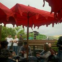 Photo prise au The Green Pig Pub par Angela L. le5/28/2011