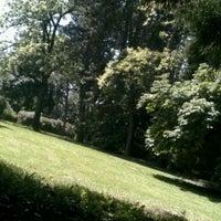 Das Foto wurde bei Volunteer Park von A K B C. am 6/15/2012 aufgenommen