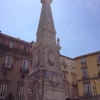 Foto scattata a Piazza San Domenico Maggiore da Giulia G. il 5/8/2012