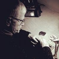 Foto tomada en Fair Trade Jewellery Co. por Ryan T. el 1/25/2012