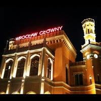 Снимок сделан в Wrocław Główny пользователем Juno K. 8/28/2012