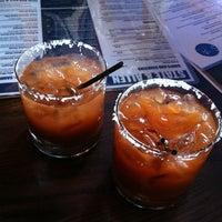 Photo prise au State & Allen Kitchen + Bar par Chris le9/18/2011