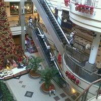 Das Foto wurde bei Shopping Del Paseo von Ivonisio M. am 11/8/2011 aufgenommen
