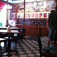 Das Foto wurde bei Bar Genial von Laís D. am 12/18/2011 aufgenommen