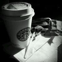 6/27/2011에 M E R T    ™님이 Starbucks에서 찍은 사진