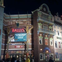Das Foto wurde bei Bally's Casino & Hotel von ABDULLA BIN S. am 7/16/2012 aufgenommen
